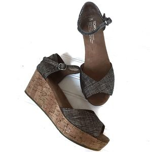 TOMS open toe ankle straps cork wedges Size 7